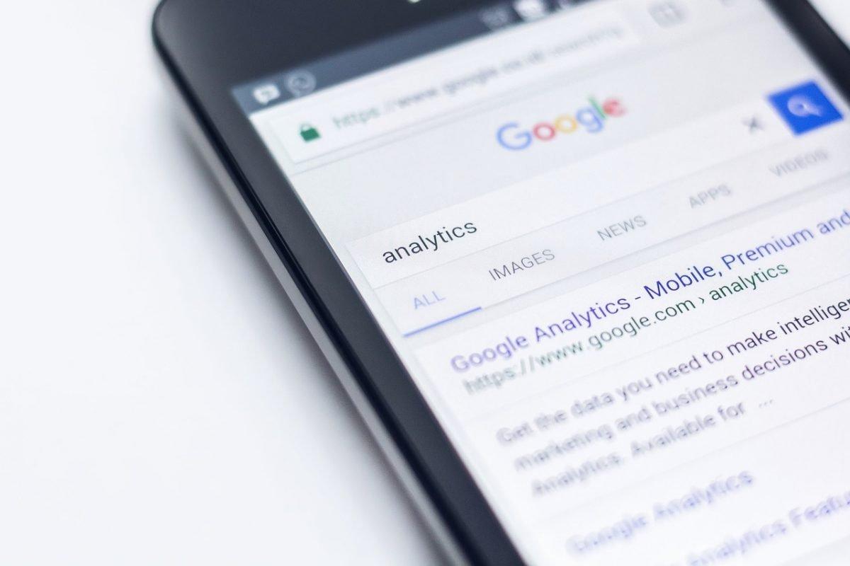 Adding Google analytics to WordPress website